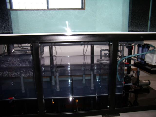 アクリル水槽